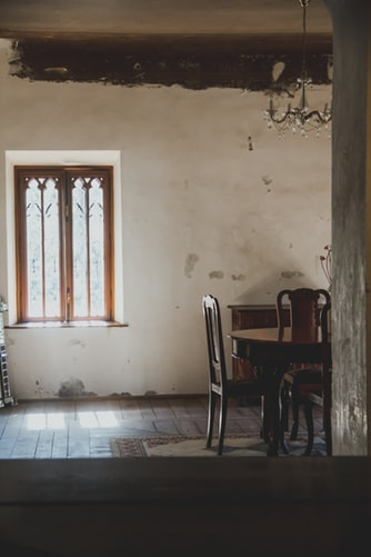 En el vaciado de pisos antiguos pueden haber muebles u objetos que tengan un valor en el mercado de antigüedades