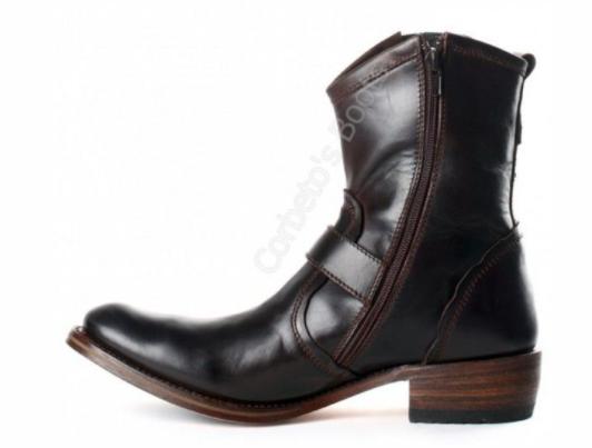 Modelo Sendra botines, disponible en el outlet de Corbeto's
